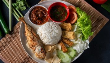 8 Awesome Eateries In Singapore To Get Your Nasi Lemak Fix